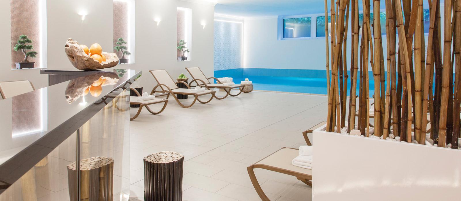crowne plaza berlin city centre. Black Bedroom Furniture Sets. Home Design Ideas
